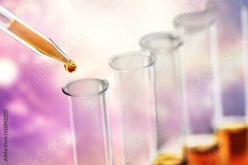 Fotografía  Oil test analysis beaker bio bio diesel biotechnology