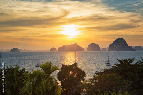 Foto op Plexiglas Afrika Sunset at Karst islands of Phang-Nga Bay, Thailand. View from Tub Kaek Beach, Krabi