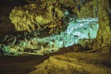 Tham Lod Cave Near Pai Thailan...