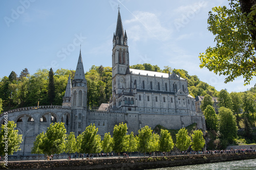 фотография  Upper Basilica - Lourdes France
