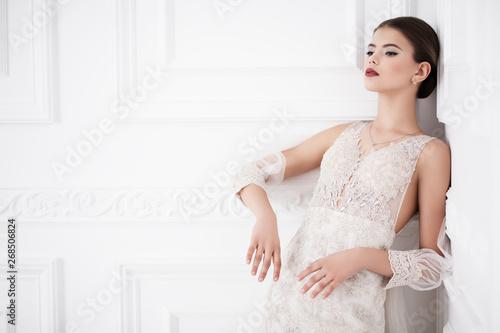 Canvastavla designer wedding dress