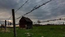 Small Romantic Barn In Prairie...
