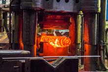 Hydraulic Forging Press With G...