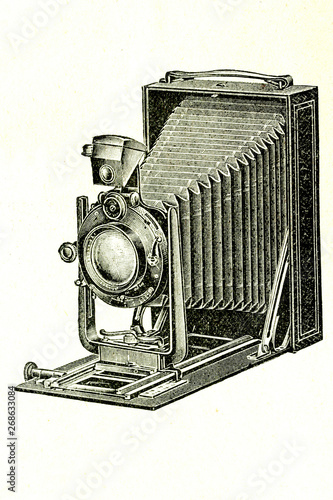 Photographie Photographic camera Goerz. Antique illutration.