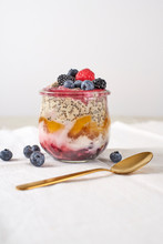 Wholesome And Healthy Overnight Oats For Breakfast