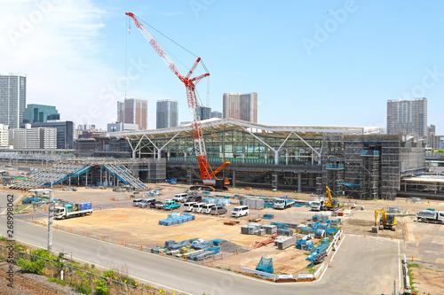 Foto op Plexiglas 工事中の高輪ゲートウェイ駅(2019年5月)