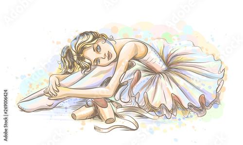 balet-recznie-rysowane-szkic-uroczej-baleriny-marzycielskiej-dziewczynki-w-tutu-z-pointe-buty-na-bialym-tle-z-akwarelowymi-plamami