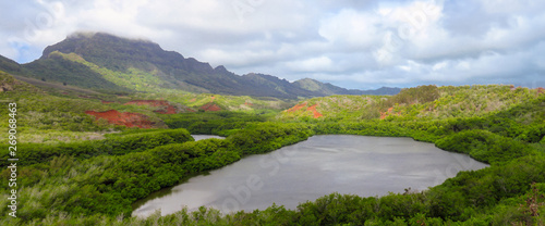 Cuadros en Lienzo Panoramic view of Menehune fish pond aka Alekoko Fishpond on a bright summer day