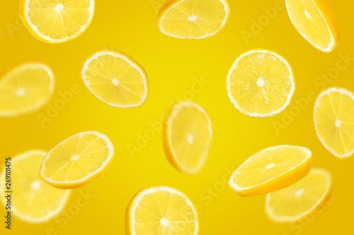 Flying slices of lemon - 269101475