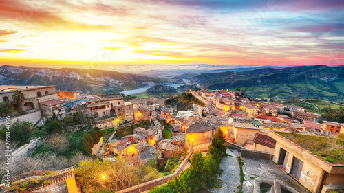 Garden Poster Napels Sunrise over old famous medieval village Stilo in Calabria