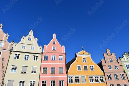 Aluminium Prints Europa Denkmalgeschützte Architektur in Landshut-Altstadt