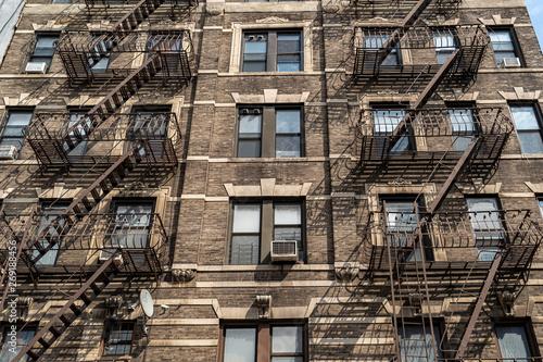 Fotografie, Obraz fire escape ladder in new york city building