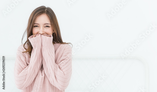 Stampa su Tela  Portrait of young beautiful asian woman relax in her bedroom