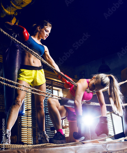 Valokuva  women wearing boxing gloves
