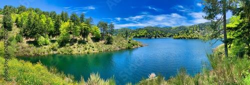 Autocollant pour porte Rivière de la forêt Typical mountain lake landscape, Italy.