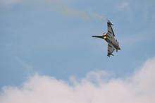 Eurofighter Fliegt Mit Nachbre...