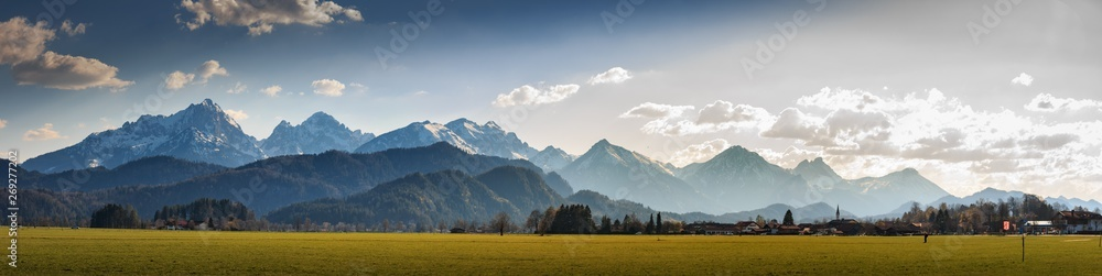 Fototapeta Bergpanorama bei Schwangau im Allgäu Bayern Deutschland