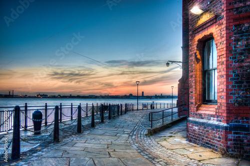 Photo Liverpool Albert Dock sunset