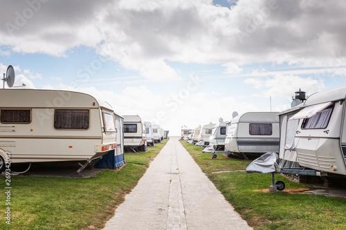Obraz Caravan camping - fototapety do salonu