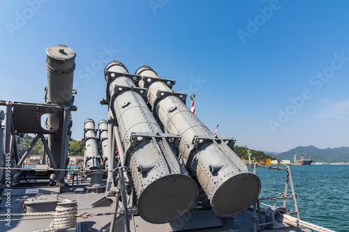 Anti-ship missiles installed on the Maritime Self-Defense Forces ship фототапет