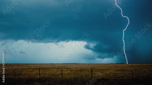 Foto auf AluDibond Blau türkis Thunderstorm