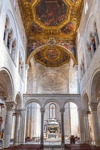 Fotografie, Obraz  Basilica of Saint Nicholas, Bari, interior