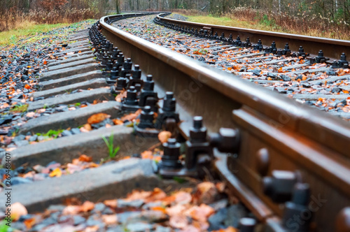 Cuadros en Lienzo railway rails turn, railway tracks and sleepers