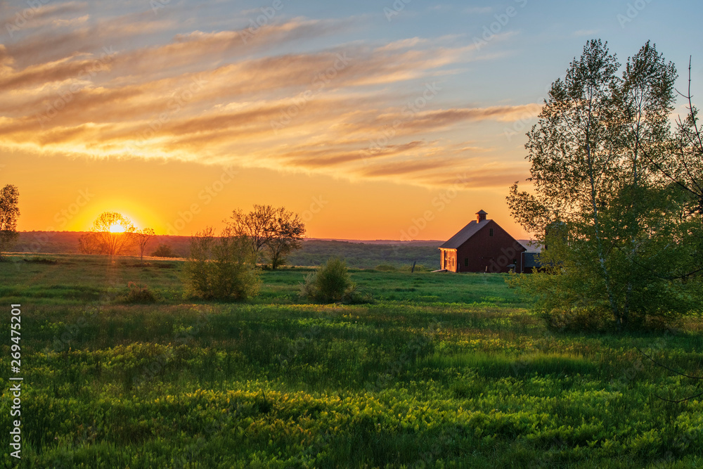 Fototapety, obrazy: sunrise over farm