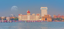 The Gateway Of India And Boats As Seen From The Harbour - Mumbai, India