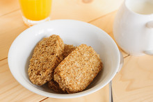 Wholewheat Breakfast Biscuit Cereal