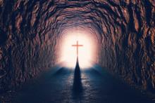 Ciencia Y Religión Cristiana.Cruz De Jesucristo Y Concepto De Resurrección.Tunel Hacia La Muerte Y Salvación