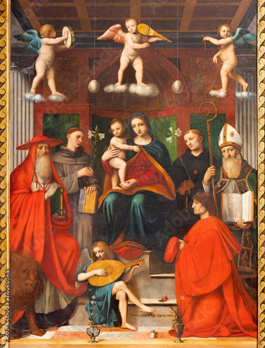 COMO, ITALY - MAY 8, 2015: The painting Madonna among the saints - Sacra Conversazione in Duomo by Bernardino Luini (1481- 1532) Fototapet