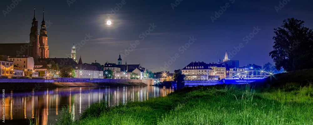 Fototapety, obrazy: Opole panorama miasta w nocy nad Odrą