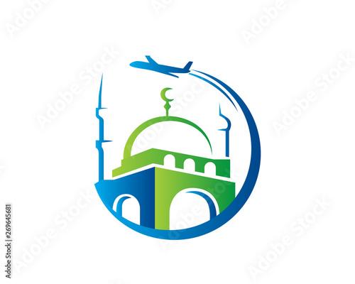 Photo Modern Islamic Hajj Tour And Travel Logo In Isolated White Background