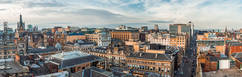 A wide panoramic looking out over old and new buildings and streets in Glasgow city centre Tapéta, Fotótapéta