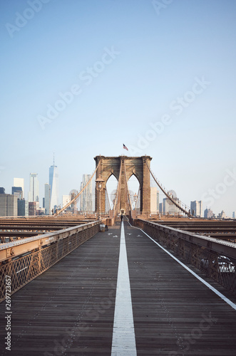 Foto auf Gartenposter Brooklyn Bridge Brooklyn Bridge at sunrise, New York City, USA.