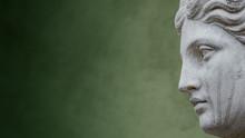 Statue Of Ancient Sensual Nake...