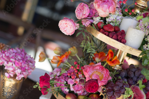 Fotografie, Obraz Wedding table decor in red white pink colors