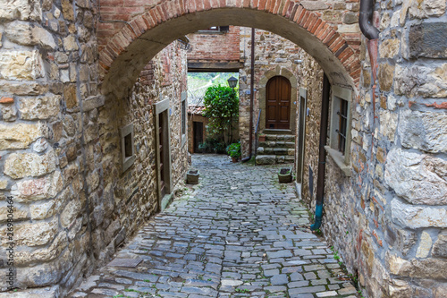 streets-and-buildings-in-montefioralle-old-village-in-tuscany