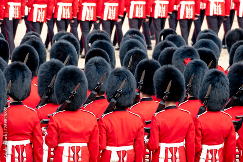 Close up of soldiers marching at the Trooping the Colour military parade at Horse Guards, London UK Fototapet