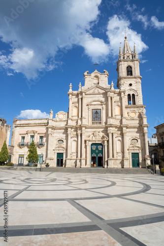 Photo Acireale - The church Basilica dei Santi Pietro e Paolo.