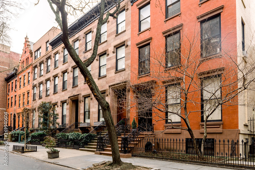 Valokuvatapetti Brownstone facades & row houses  in an iconic neighborhood of Brooklyn Heights i