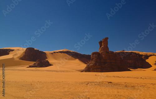 Keuken foto achterwand Afrika Abstract Rock formation at Boumediene in Tassili nAjjer national park, Algeria