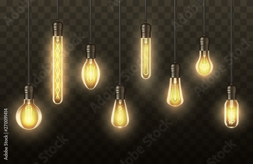 Photo Light bulbs, realistic lamps hanging on wires