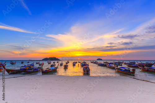 Foto op Plexiglas Donkerblauw Beautiful Tropical beach at sunrise beach , Koh Lipe island , Satun,Thailand