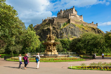 Edinburgh Castle And The Ross ...