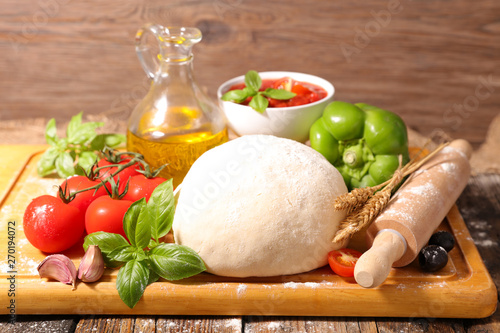 Poster Pays d Europe raw dough pizza and tomato, bell pepper, oil and basil