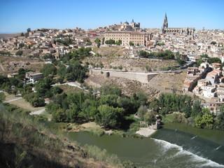 Fototapeta na wymiar panoramic view of toledo spain