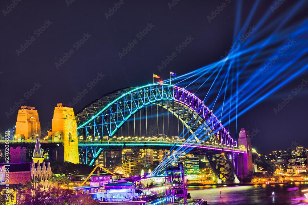 Fotografie, Obraz Sy VIvid 19 Circ Quay Bridge Arch CLose