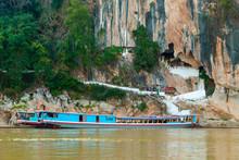 Pak Ou Temple, Laos